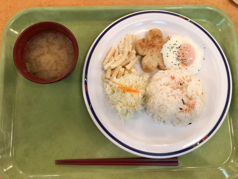 豆腐ハンバーグメインのポリテクランチ