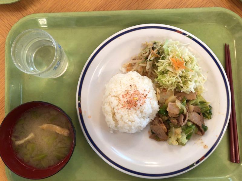 肉野菜炒めメインのポリテクランチ