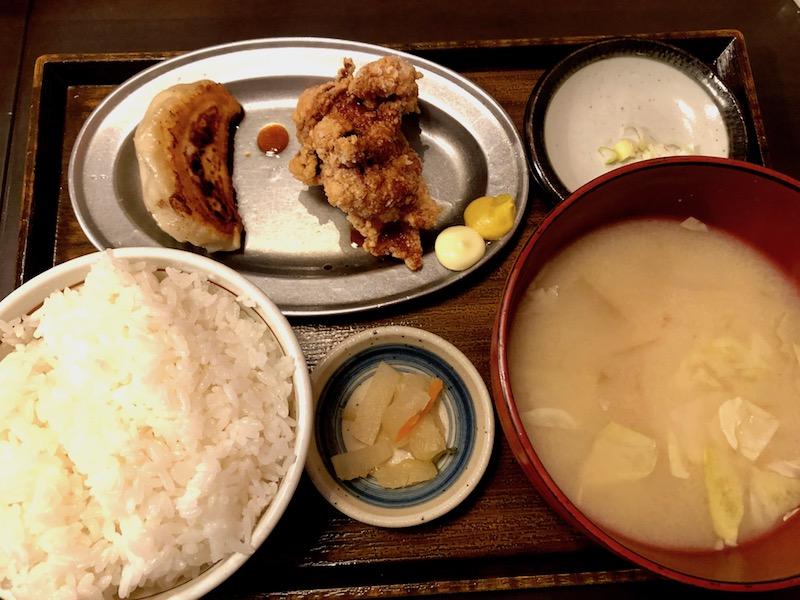 餃子ザンギ定食