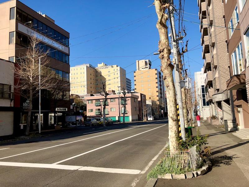 東本願寺 目の前の道路